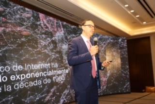 Experto asegura transformación digital pasa por innovar en materia de educación en República Dominicana
